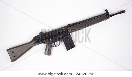 7.62 G3 assault rifle.