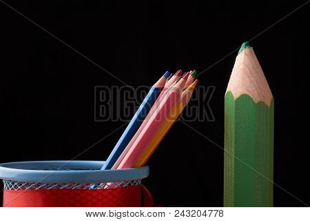 Assortment Of Colored Pencils Colored Drawing Pencils Colored Drawing Pencils