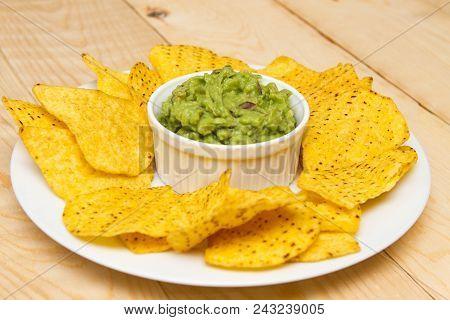 Guacamole Dip Homemade Mexican Guacamole With Tortilla Chips
