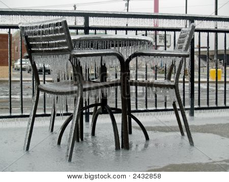 Icy Seating