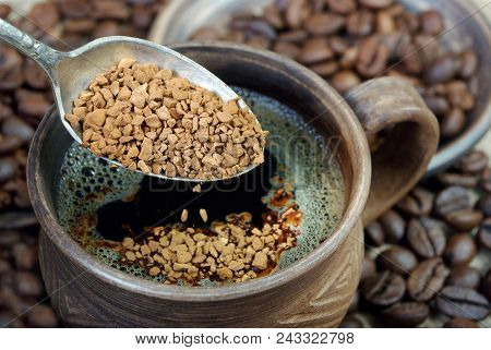 Useful Natural Aromatic Instantly Instant Coffee Close-up