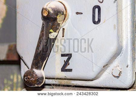 Large Circuit Breaker, Power Switching Box, Switch
