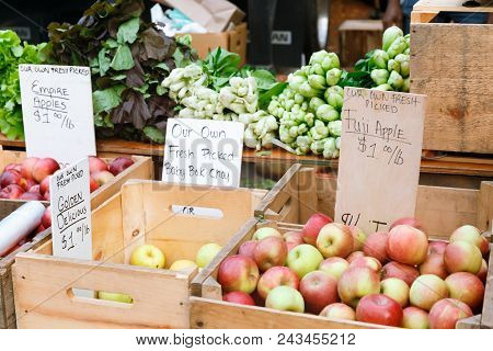 Apples At The Summer Outdoor Farmers Market. Healthy And Local Food And Community Concept