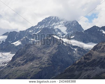 Briliant Geological Alpine Mountains Range Landscapes In Swiss Alps At Switzerland, Rocky Scenery Fr