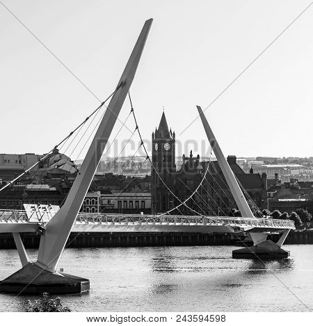 A Black & White Square Crop Of The Peace Bridge At Derry Londonderry.