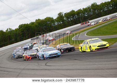 June 03, 2018 - Long Pond, Pennsylvania, USA: Martin Truex, Jr (78) battles for position during the Pocono 400 at Pocono Raceway in Long Pond, Pennsylvania.