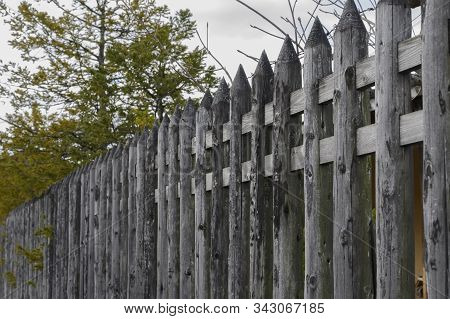 Creative Wood Fence Ideas - Woodworking Ideas