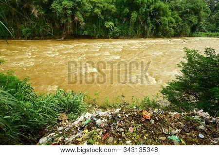 Banjarnegara, Indonesia - 04 January 2020: Dirty River - River Flooding Due To Lots Of Rubbish, Rubb