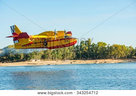 Caceres, Extremadura, Spain - 24, July 2016: Hydroplane Of The Spanish Army Loading Water From The S