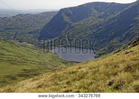 Kentmere Reservoir Viewed From Near Mardale Ill Bell Rainsborrow Crag & Yoke (706m) Beyond  Lake Dis