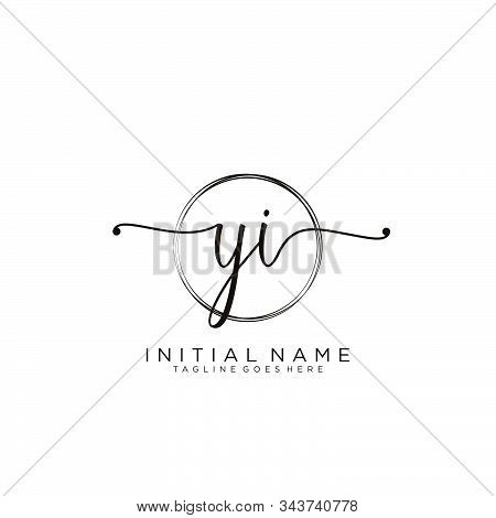 Yi Initial Handwriting Logo With Circle Template Vector.
