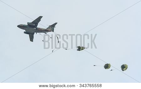 Parachute Soldiers In The Sky