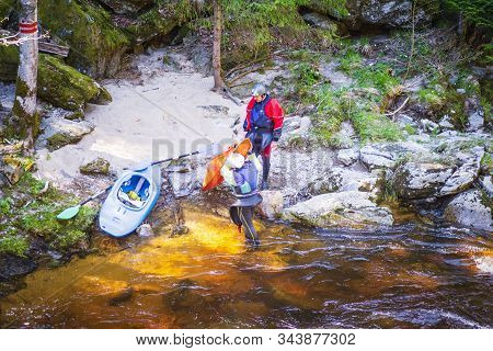 20.04.2019.czech Republic. Rest On The River With A Canoe. River Sport Canoe.a Man And A Woman Rest