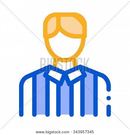 Football Arbitrator Icon Vector. Outline Football Arbitrator Sign. Isolated Contour Symbol Illustrat