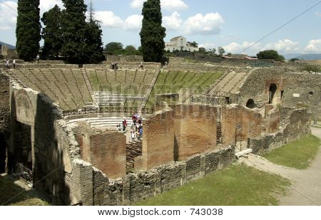 Pompei. Theater.