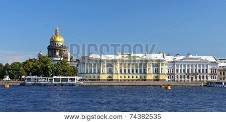 St. Isaac's Cathedral And The Senate And Synod Building, St. Petersburg