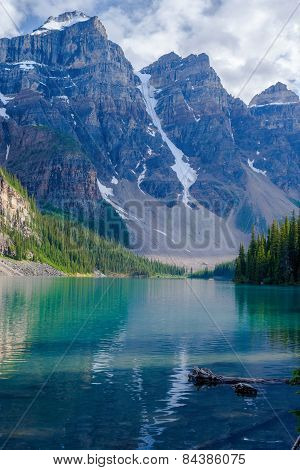 Moraine Lake, Three Peaks