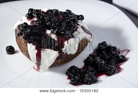 Cream Cake With Blueberry Jam