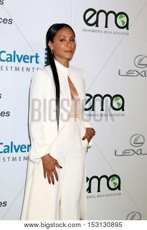 LOS ANGELES - OCT 22:  Jada Pinkett Smith at the 26th Annual Environmental Media Awards at Warner Brothers Studio on October 22, 2016 in Burbank, CA