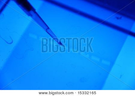 pipetting agarose gel