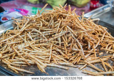 The fried a taro chips Taro snacks.