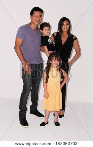 LOS ANGELES - OCT 23:  Mario Lopez, wife, daughter, son at the Elizabeth Glaser Pediatric AIDS Foundation A Time For Heroes Event at Smashbox Studios on October 23, 2016 in Culver City, CA