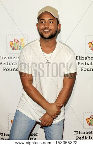 LOS ANGELES - OCT 23:  Tahj Mowry at the Elizabeth Glaser Pediatric AIDS Foundation A Time For Heroes Event at Smashbox Studios on October 23, 2016 in Culver City, CA