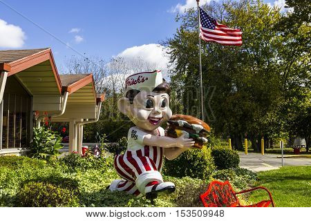 Anderson - Circa October 2016: Frisch's Big Boy restaurant home of the Big Boy Hamburger II