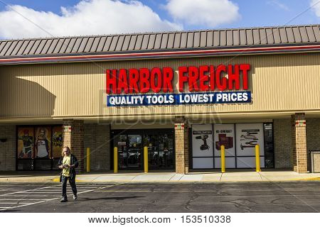 Anderson - Circa October 2016: Harbor Freight Tools Strip Mall Location. Harbor Freight Tools is a discount tool and equipment retailer I