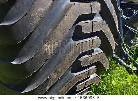 Effective tire pattern of a farming tractor.