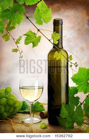 White wine composition