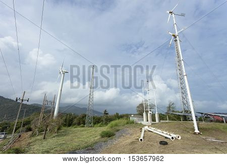 Stations report wind weather in phuket thailand with Wind Turbine producing alternative energy