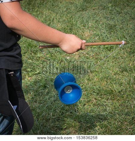 Diabolo Plastic Chinese Toy Child With Yoyo with Rope and Sticks