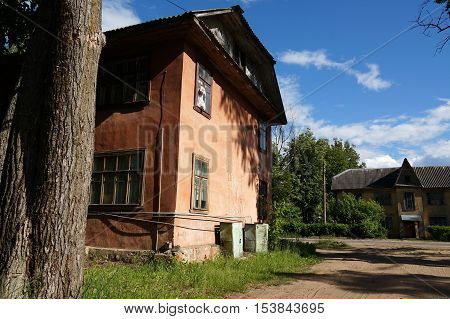 facade, small, urban, farm, town, disrepair, neglected, travel, vintage