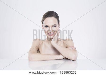 Naked Brunnete Smiling