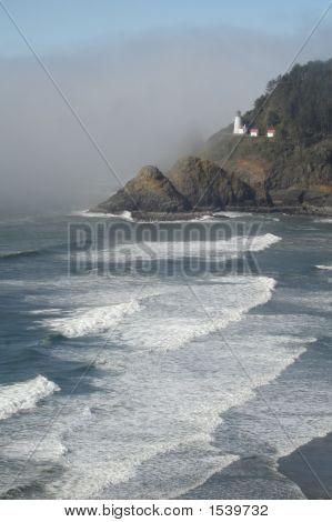 Oregon'S Heceta Head Lighthouse Surf