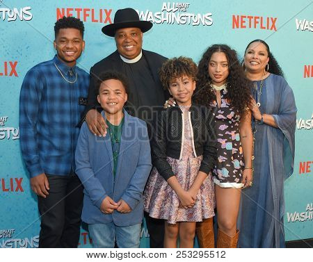 LOS ANGELES - AUG 08:  Maceo Smedley, Nathan Anderson, Rev Run, Leah Rose Randall, Kiana Lede and Justine Simmons arrives to Netflix's