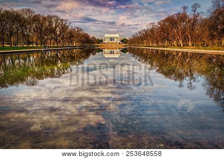 The Reflecting Pool Between The Wwii And Lincoln Memorials In Washington Dc.