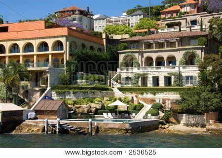 Harbour Side Living