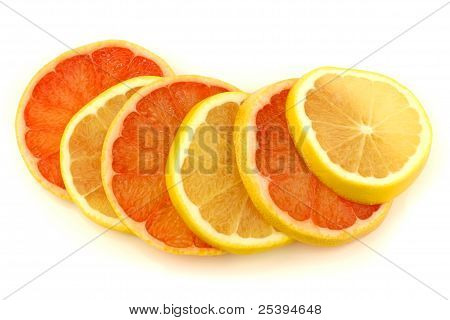 yellow and red grapefruit slices