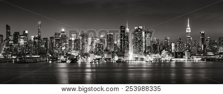 Panoramic Black & White View Of Midtown West Skyscrapers With The Hudson River. Manhattan, New York