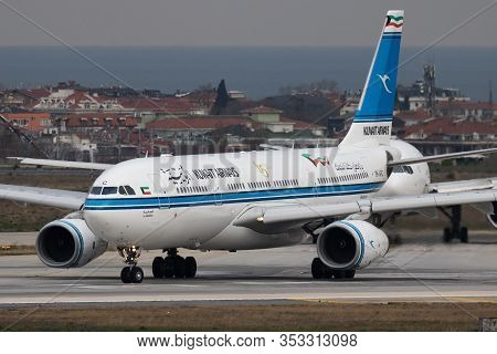 Istanbul / Turkey - March 27, 2019: Kuwait Airways Airbus A330-200 9k-apc Passenger Plane Departure