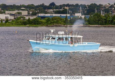 New Bedford, Massachusetts, Usa  - August 15, 2019: University Of Massachusetts Dartmouth Research V