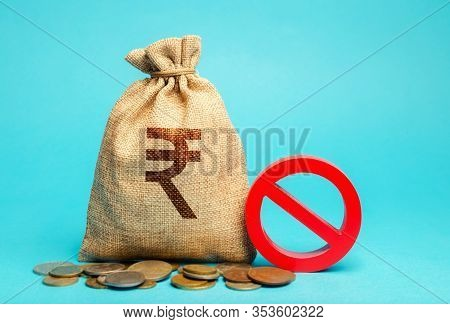 Money Bag And Sign Of Prohibition. Credit Denied. Restrictions On The Export Of Capital. Economic Pr