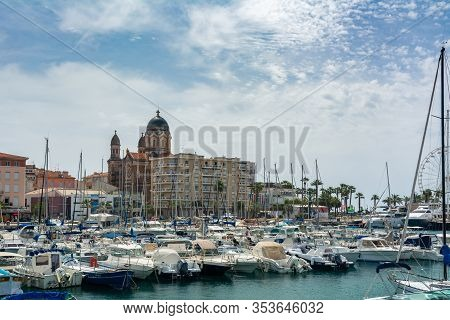 Saint-raphael, France - June 9, 2019 : It Is A Commune In The Provence-alpes-cote D Azur Region In F