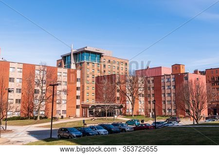 Pittsburgh, Pennsylvania, Usa 3/1/20 St Ann Hall Dormitory On The Campus Of Duquesne University, A S