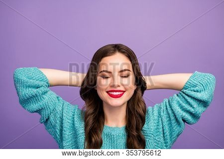 Closeup Photo Of Pretty Lady Holding Hands Behind Head Toothy Beaming Smiling Resting Spending Free