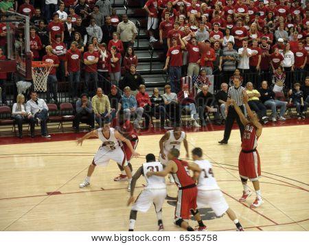 Unlv Vs. Santa Clara: Tre'von Willis Takes A Free Point Shot