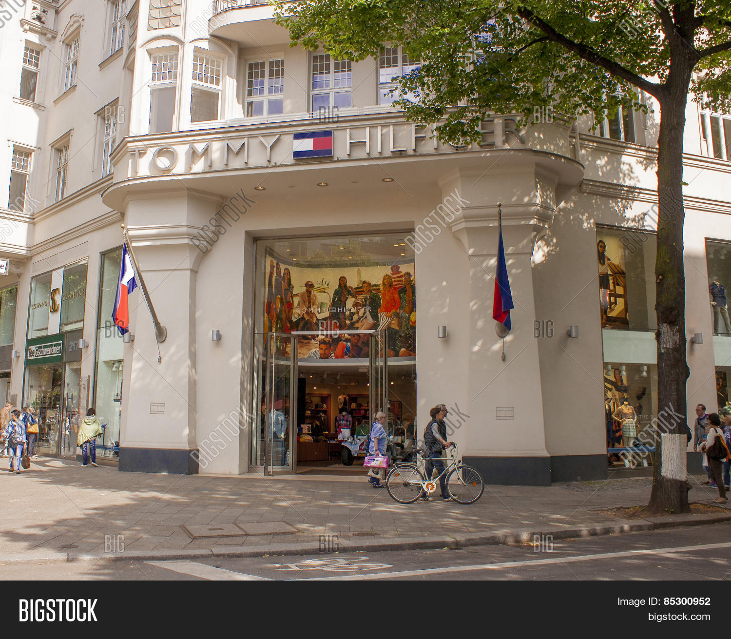 Tommy Hilfiger Store Image Photo Free Trial Bigstock