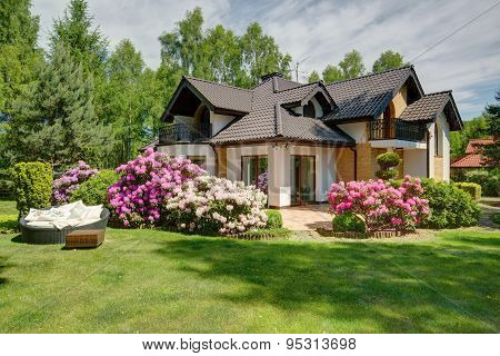 Beautiful Village House With Garden